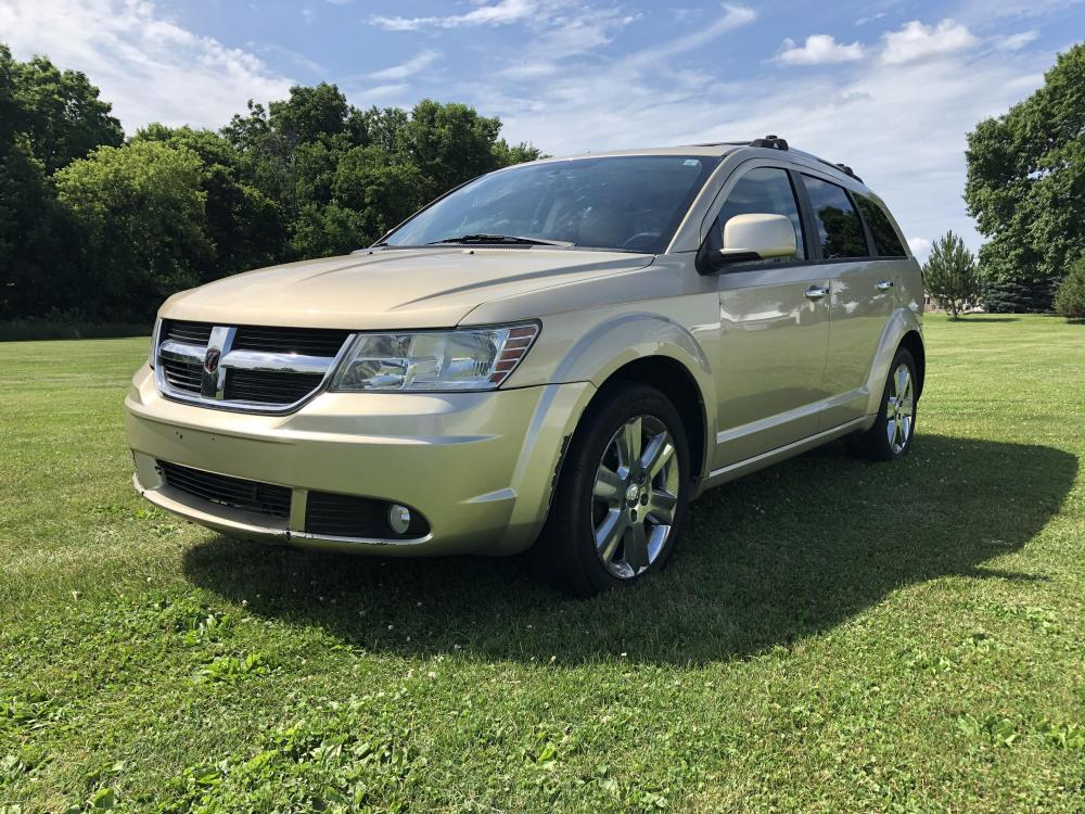 2010 Light almond Met Dodge Journey RT AWD (3D4PH6FV3AT) with an 3.5L V6 SOHC 24V engine, 6-Speed Automatic transmission, located at 1800 South Ihm Blvd, Freeport, IL, 61032, (815) 232-5543, 42.278645, -89.607994 - Photo #0