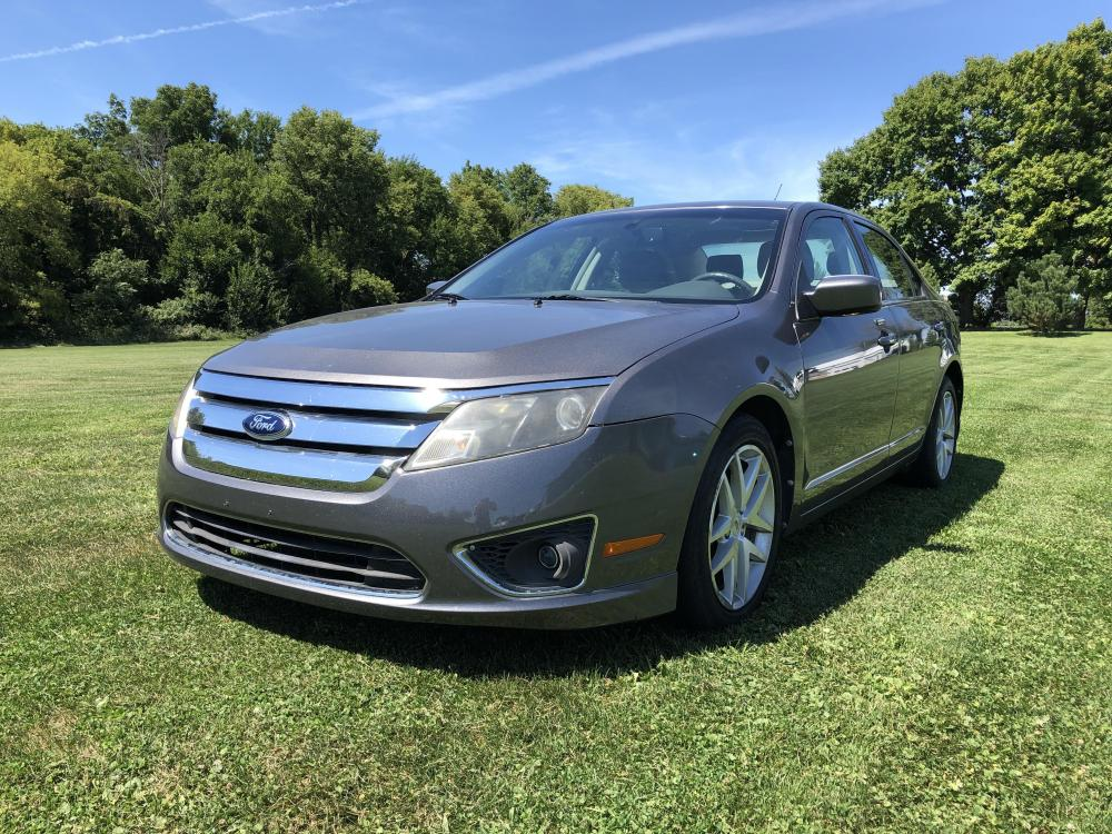 2012 Sterling Gray Met Ford Fusion SEL (3FAHP0JA1CR) with an 2.5L L4 DOHC 16V engine, located at 1800 South Ihm Blvd, Freeport, IL, 61032, (815) 232-5543, 42.278645, -89.607994 - Photo #0