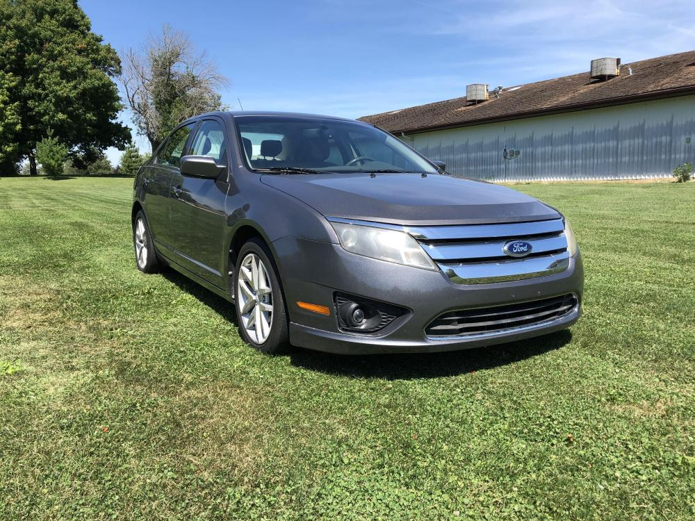 2012 Sterling Gray Met Ford Fusion SEL (3FAHP0JA1CR) with an 2.5L L4 DOHC 16V engine, located at 1800 South Ihm Blvd, Freeport, IL, 61032, (815) 232-5543, 42.278645, -89.607994 - Photo #3