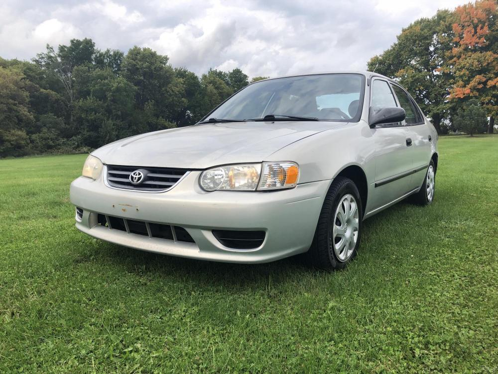 2002 Driftwood Gray Mey Toyota Corolla CE (1NXBR12E12Z) with an 1.8L L4 DOHC 16V engine, located at 1800 South Ihm Blvd, Freeport, IL, 61032, (815) 232-5543, 42.278645, -89.607994 - Photo #0