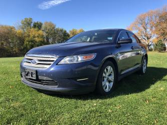 2012 Ford Taurus SEDAN 4-DR