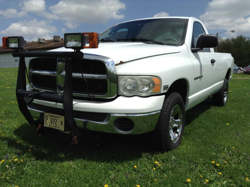 2004 Arctic White Dodge Ram 1500 Laramie 4WD (1D7HU16D04J) with an 5.7L V8 OHV 16V engine, 5-Speed Automatic Overdrive transmission, located at 1800 South Ihm Blvd, Freeport, IL, 61032, (815) 232-5543, 42.278645, -89.607994 - Photo #0